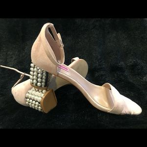 Betsey Johnson dressy shoes